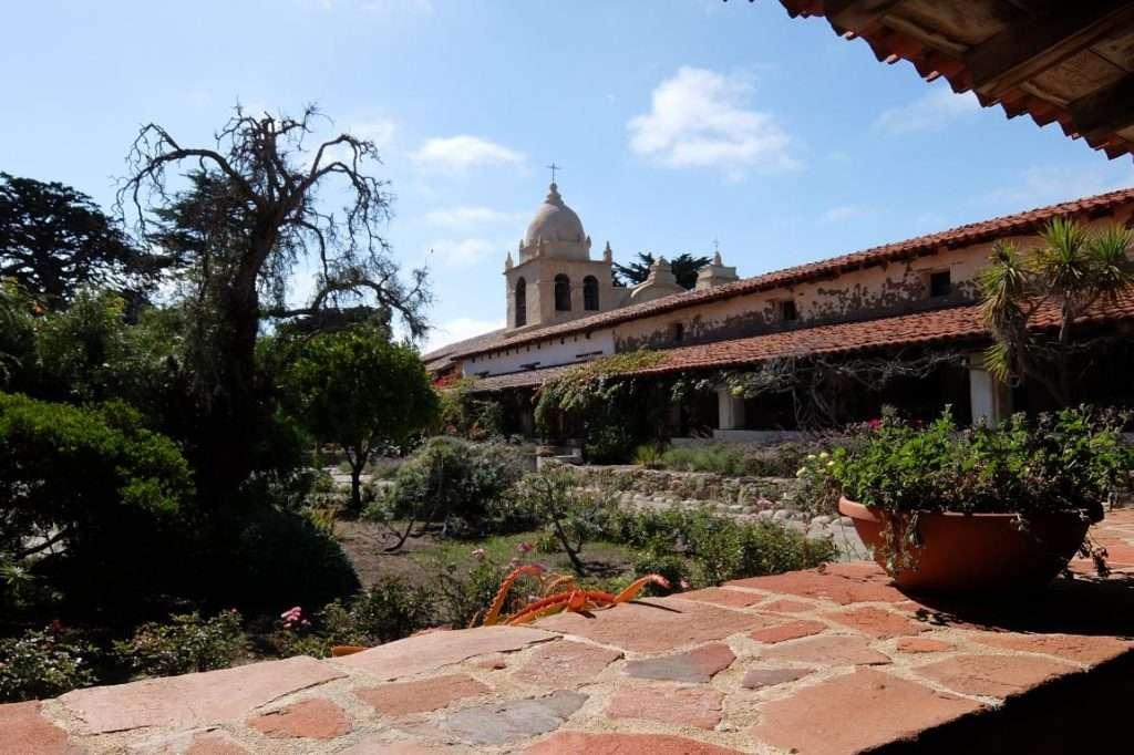 Il giardino della missione di Carmel California