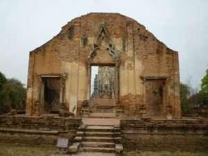 ayutthaya wat ratburana entrata