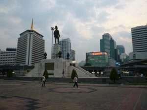 bangkok lumphini park piazzale