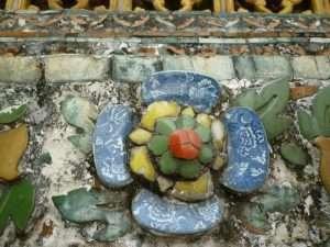bangkok wat arun decorazioni con piastrelle
