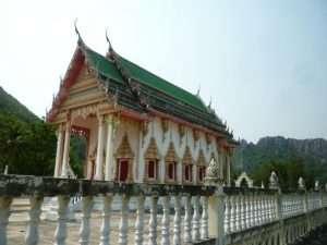 tempio a khao sam roi yot