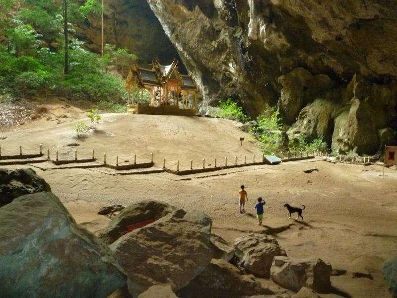 tempio nella grotta