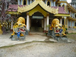 krabi entrata tempio delle tigri