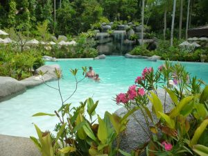 phuket kata beach piscina hotel