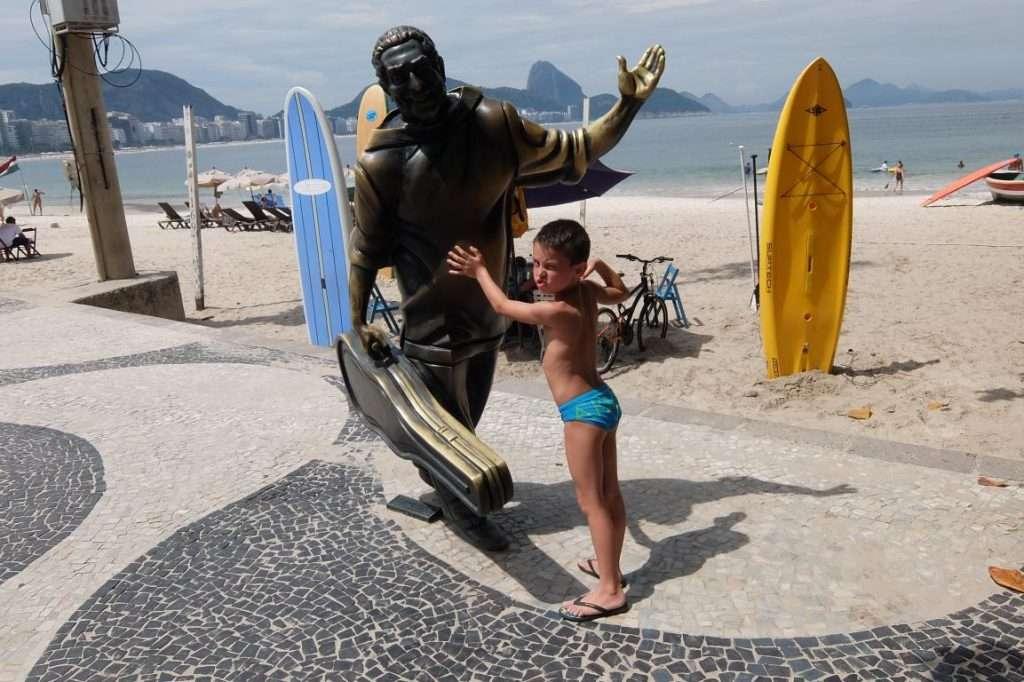 Statua di Dorival Caymmi