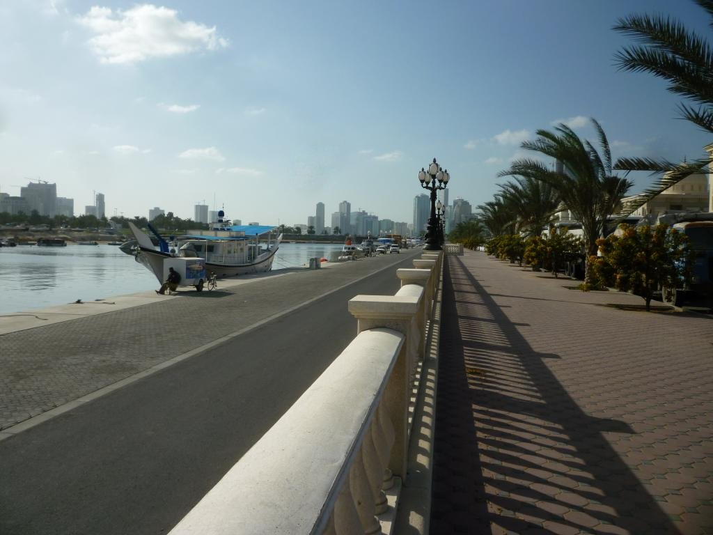 Sharjah lungofiume
