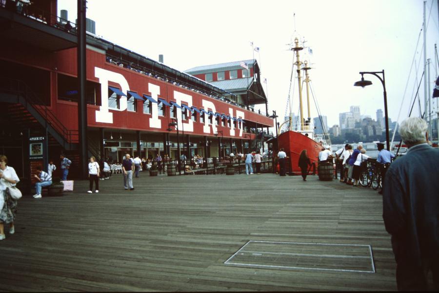 Molo 17 a New York