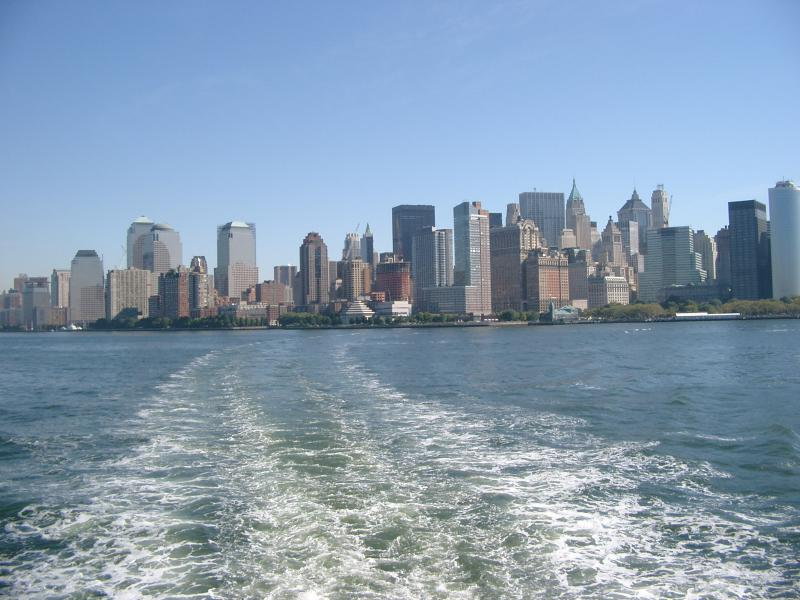 Skyline New York dal traghetto