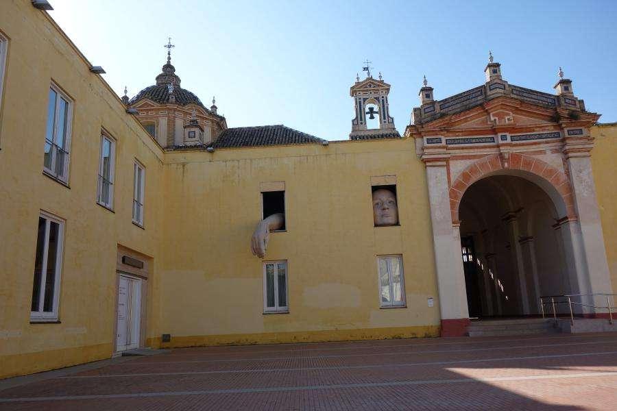 La cartuja a Siviglia la scultura di Alice