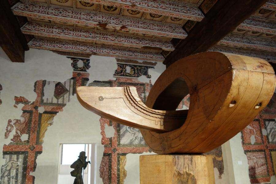 Sala degli affreschi di Casa Cavazzini Museo arte moderna