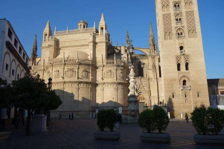 Cattedrale di Siviglia facciata