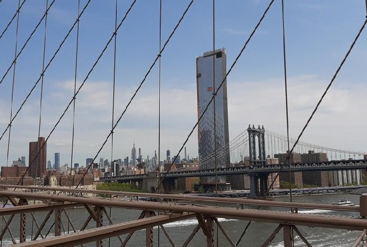 Vista dal Brooklyn bridge sul Manhattan bridge