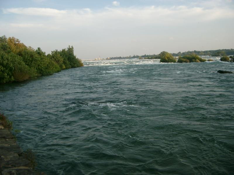 Fiume Niagara le rapide