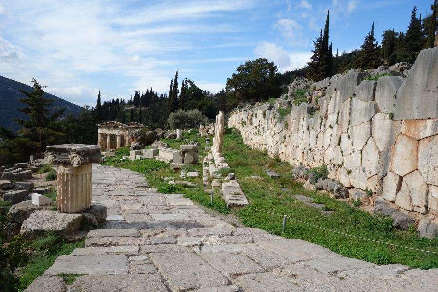Via Sacra di Delfi