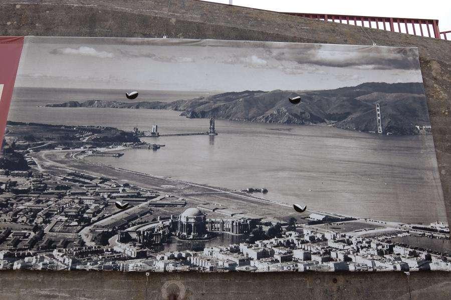 Golden Gate Bridge in costruzione