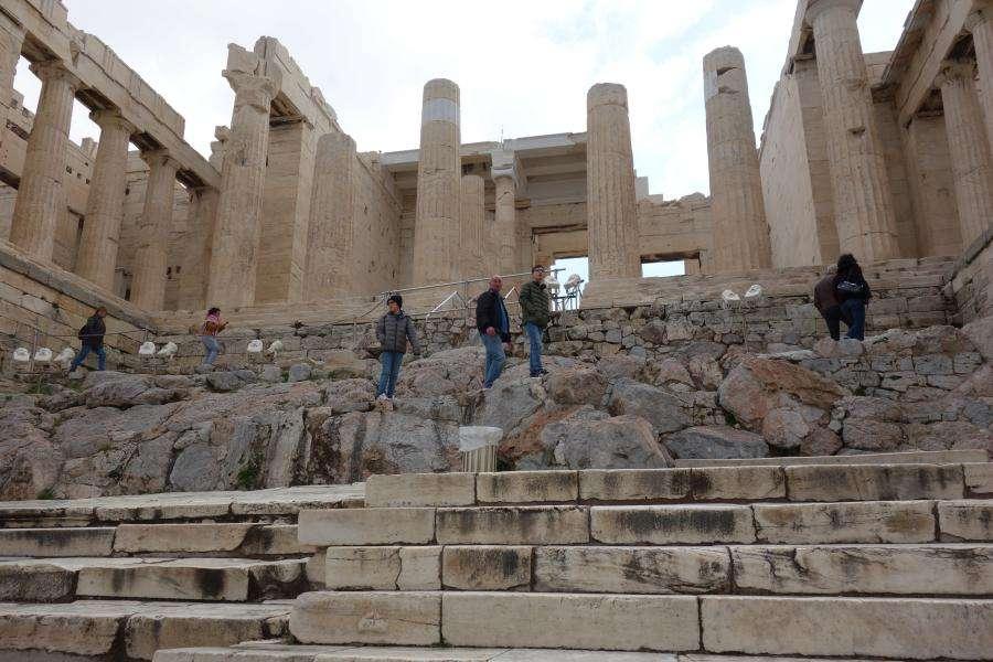 Salita ai Propilei di Atene