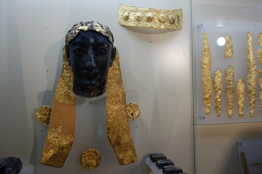 Statua crisoelefantina a Delfi