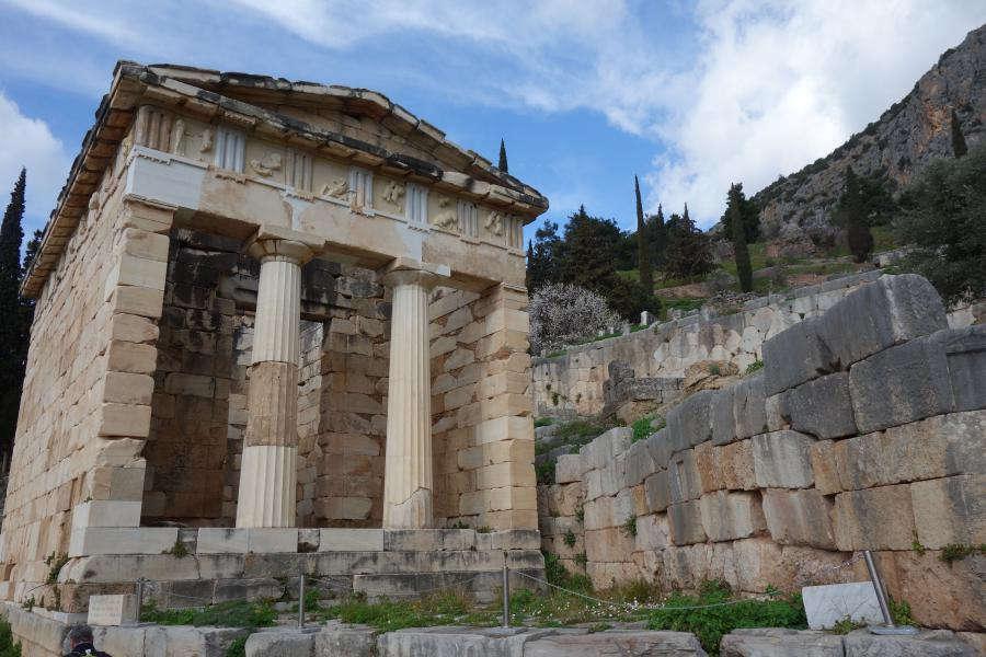 Tesoro degli Ateniesi a Delfi