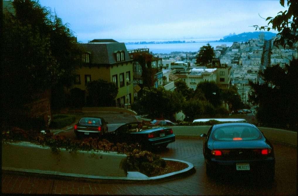 Lombard street discesa