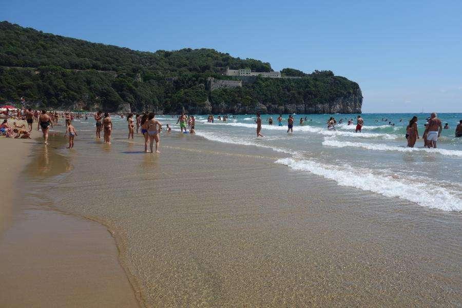 Gaeta spiaggia Lazio in camper