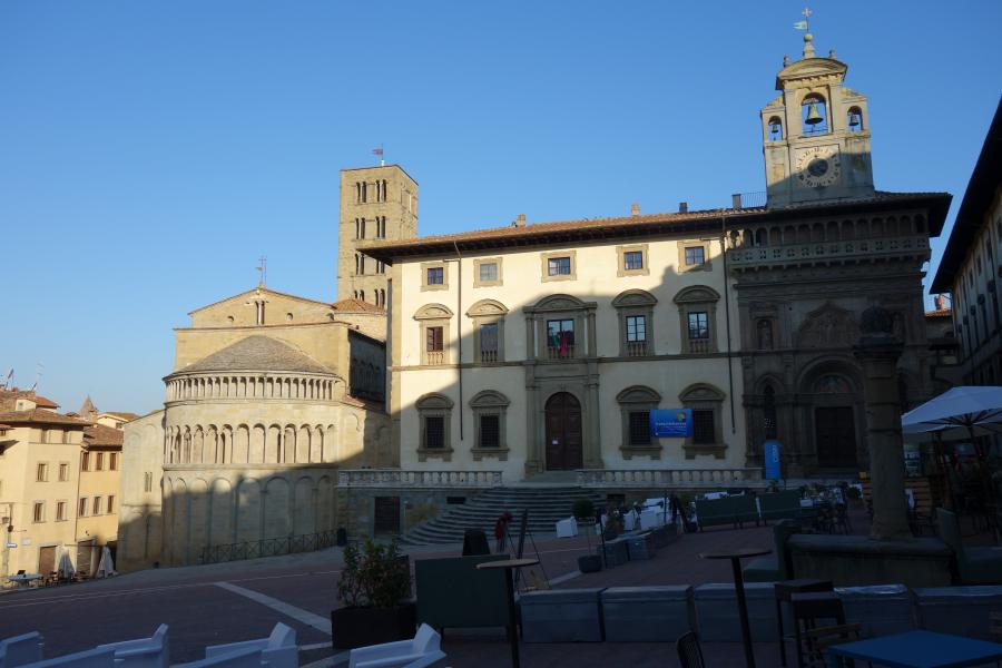 Arezzo Piazza Grande Umbria