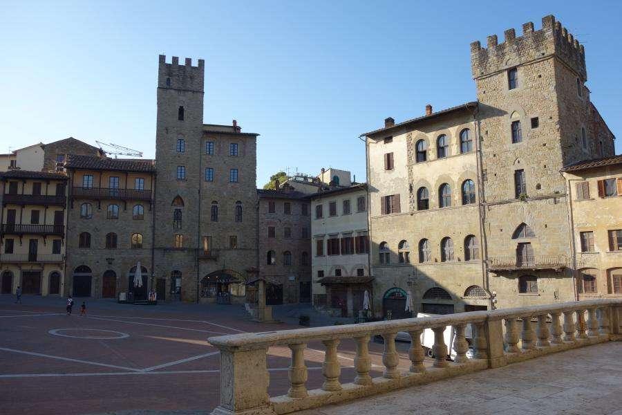 Torri di Piazza Grande ad Arezzo