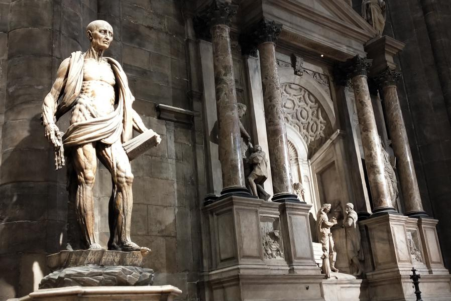San Bartolomeo scorticato nel duomo di Milano