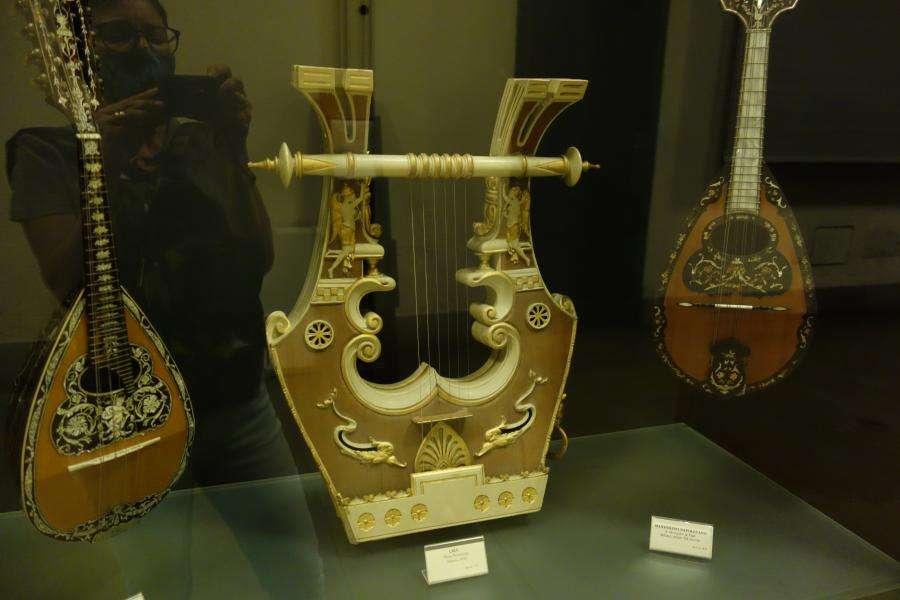 Museo strumenti musicali al castello di Milano