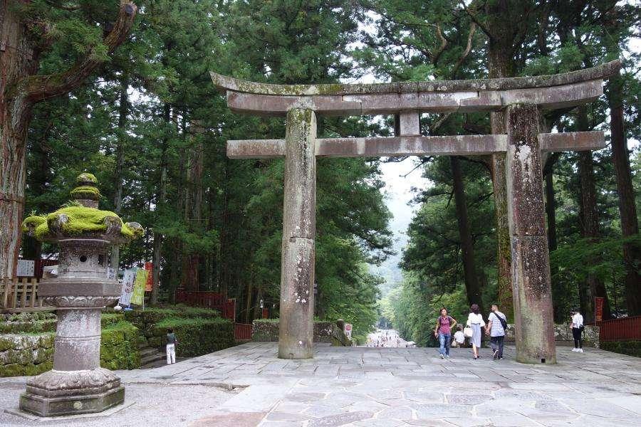 Torii ingresso al santuario shintoista Giappone